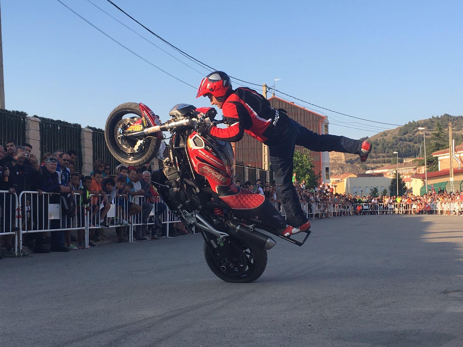 8_BELORADO_BURGOS_2017_TOCORRITOS_EMILIO_ZAMORA_DUCATI_STUNT_TEAM_MOTOR_SHOW_ESPECTACULO_MOTO_QUAD_