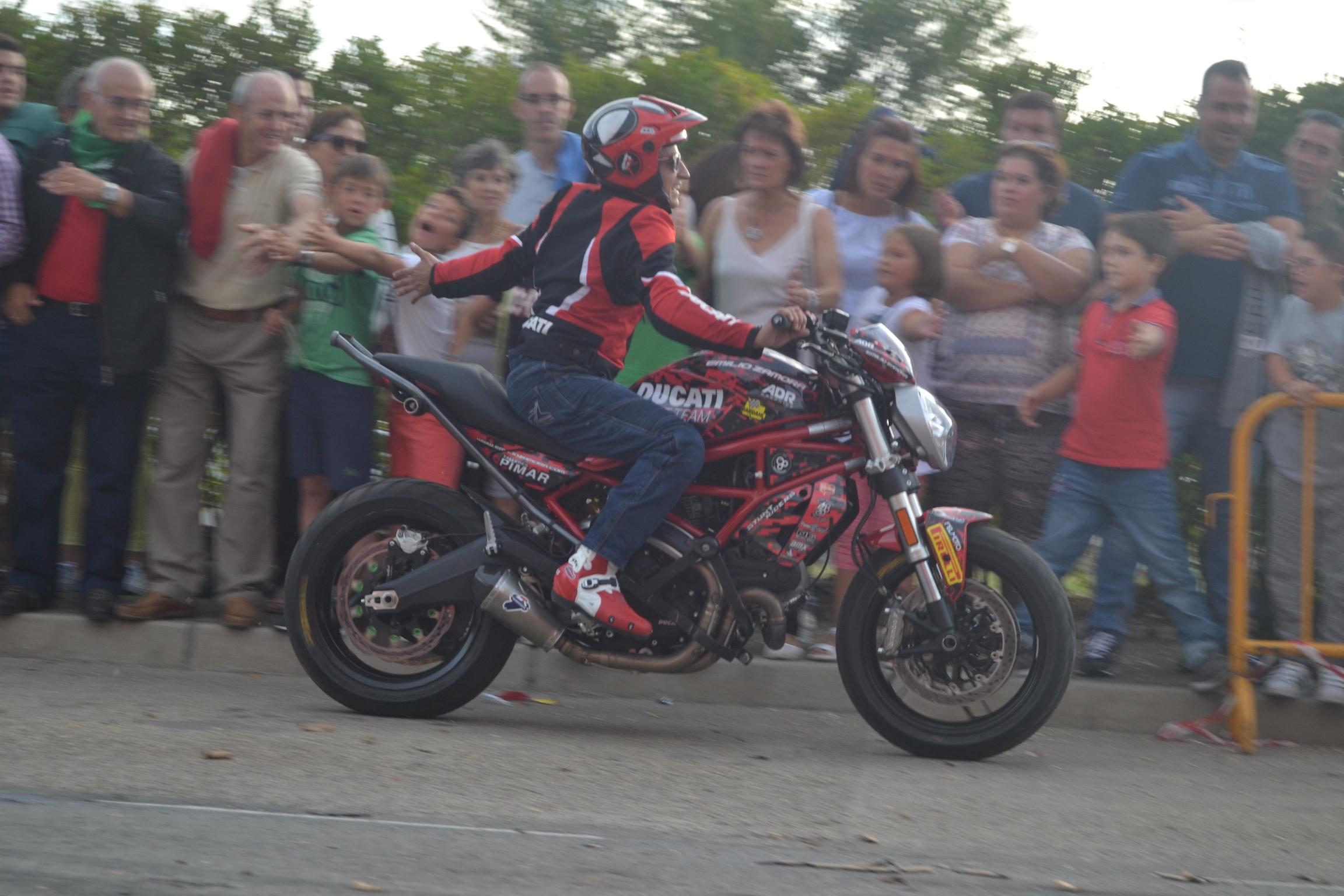 36_SALDAÑA_PALENCIA_EMILIO_ZAMORA_DUCATI_STUNT_TEAM_MOTOR_SOHW_ESPECTACULO_MOTOCICLISMO_EXHIBICION_2017_MONSTER_CABALLITO_WHEELIE_INVERTIDO_DRIFT_QUAD