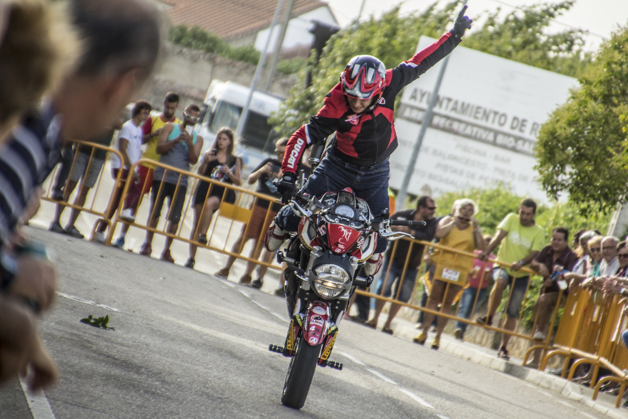 11_ROELOS DE SAYAGO_EMILIO_ZAMORA_DUCATI_STUNT_TEAM_MOTOR_SHOW_ESPECTACULO_MOTO_QUAD_FREESTYLE_COCHE_DRIFT_MINIBIKE_LEGEND_CAR_XDIAVEL_MONSTER_SUPERSPORT_FELIPE_HERNANDEZ_2017