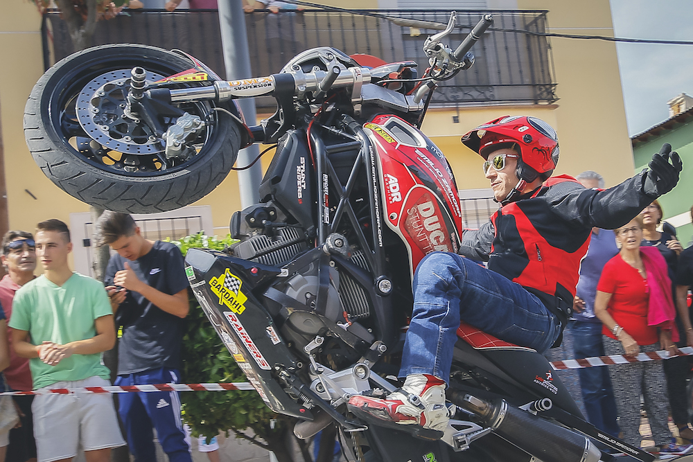 006 VILLAREJO DE SALVANES_EMILIO_ZAMORA_DUCATI_STUNT_TEAM_MOTOR_SHOW_ESPECTACULO_FREESTYLE_QUAD_MOTO_WHEELIE_STOPPIE_BURN OUT_MADRID_DIVERTIDO_DIVERSION_EXHIBICION_2017