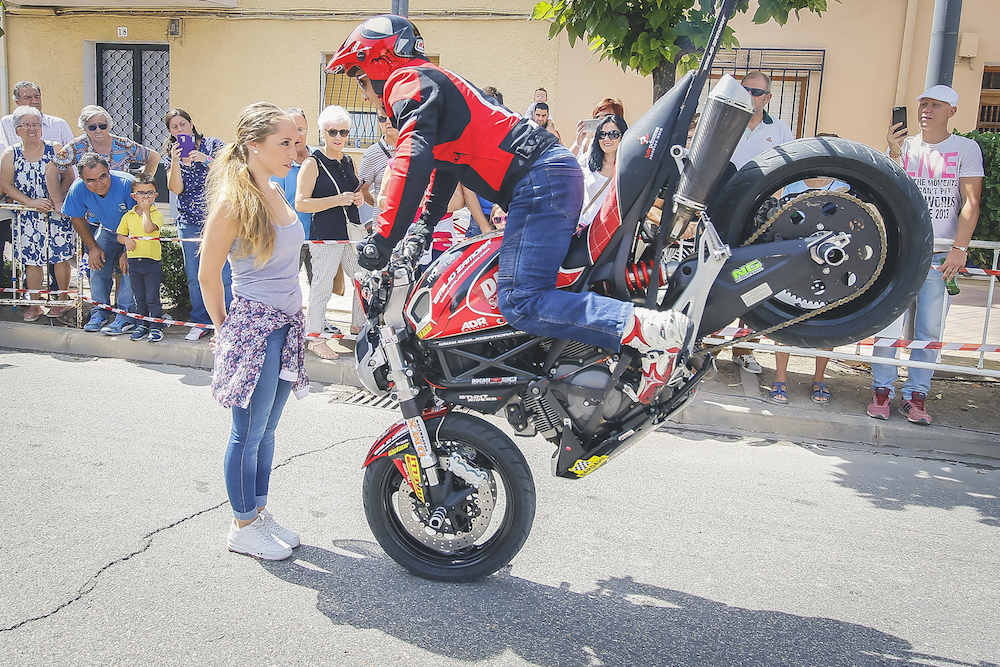 008 VILLAREJO DE SALVANES_EMILIO_ZAMORA_DUCATI_STUNT_TEAM_MOTOR_SHOW_ESPECTACULO_FREESTYLE_QUAD_MOTO_WHEELIE_STOPPIE_BURN OUT_MADRID_DIVERTIDO_DIVERSION_EXHIBICION_2017