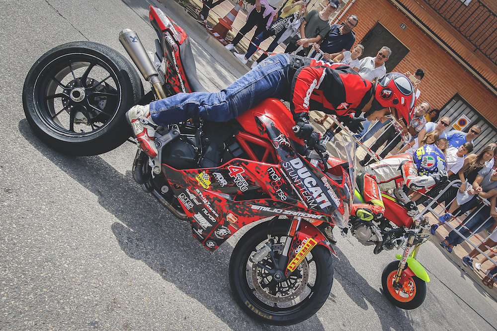 013 VILLAREJO DE SALVANES_EMILIO_ZAMORA_DUCATI_STUNT_TEAM_MOTOR_SHOW_ESPECTACULO_FREESTYLE_QUAD_MOTO_WHEELIE_STOPPIE_BURN OUT_MADRID_DIVERTIDO_DIVERSION_EXHIBICION_2017