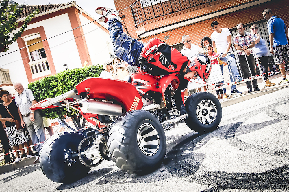 021 VILLAREJO DE SALVANES_EMILIO_ZAMORA_DUCATI_STUNT_TEAM_MOTOR_SHOW_ESPECTACULO_FREESTYLE_QUAD_MOTO_WHEELIE_STOPPIE_BURN OUT_MADRID_DIVERTIDO_DIVERSION_EXHIBICION_2017