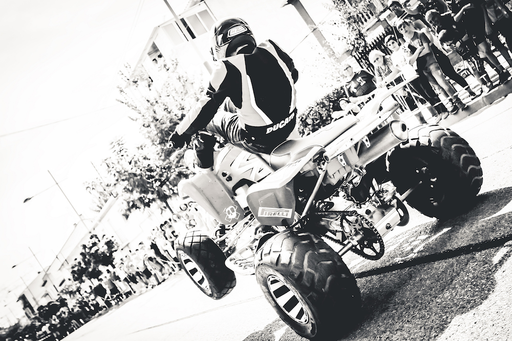 022 VILLAREJO DE SALVANES_EMILIO_ZAMORA_DUCATI_STUNT_TEAM_MOTOR_SHOW_ESPECTACULO_FREESTYLE_QUAD_MOTO_WHEELIE_STOPPIE_BURN OUT_MADRID_DIVERTIDO_DIVERSION_EXHIBICION_2017